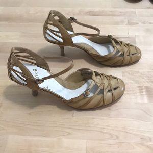 Blink ladies tan heels size 8